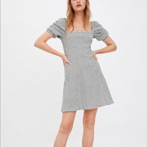 ZARA NWT plaid dress with puff sleeves